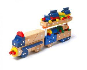 Поезд из магнитного конструктора