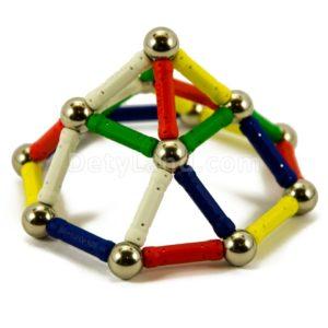 Магнитный конструктор из палочек и шариков