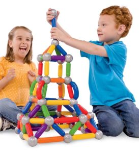 Дети играют с Smartmax
